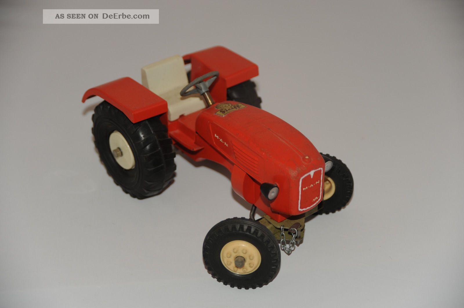 Laster Blechspielzeug Konvolut Traktor Abschleppwagen