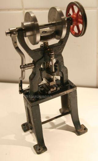 Antriebsmodell Schwungrad Presse Stanze Dampfspielzeug Maerklin Doll Carette Bild