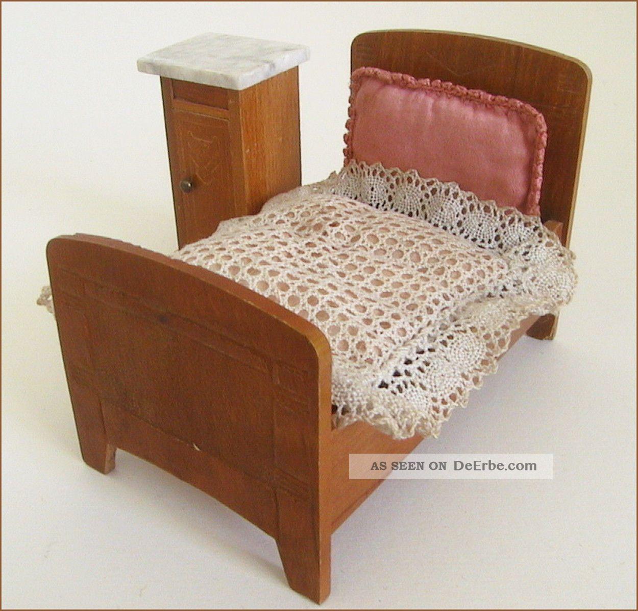 sehr alte m bel f r die puppenstube schlafzimmer schneega. Black Bedroom Furniture Sets. Home Design Ideas