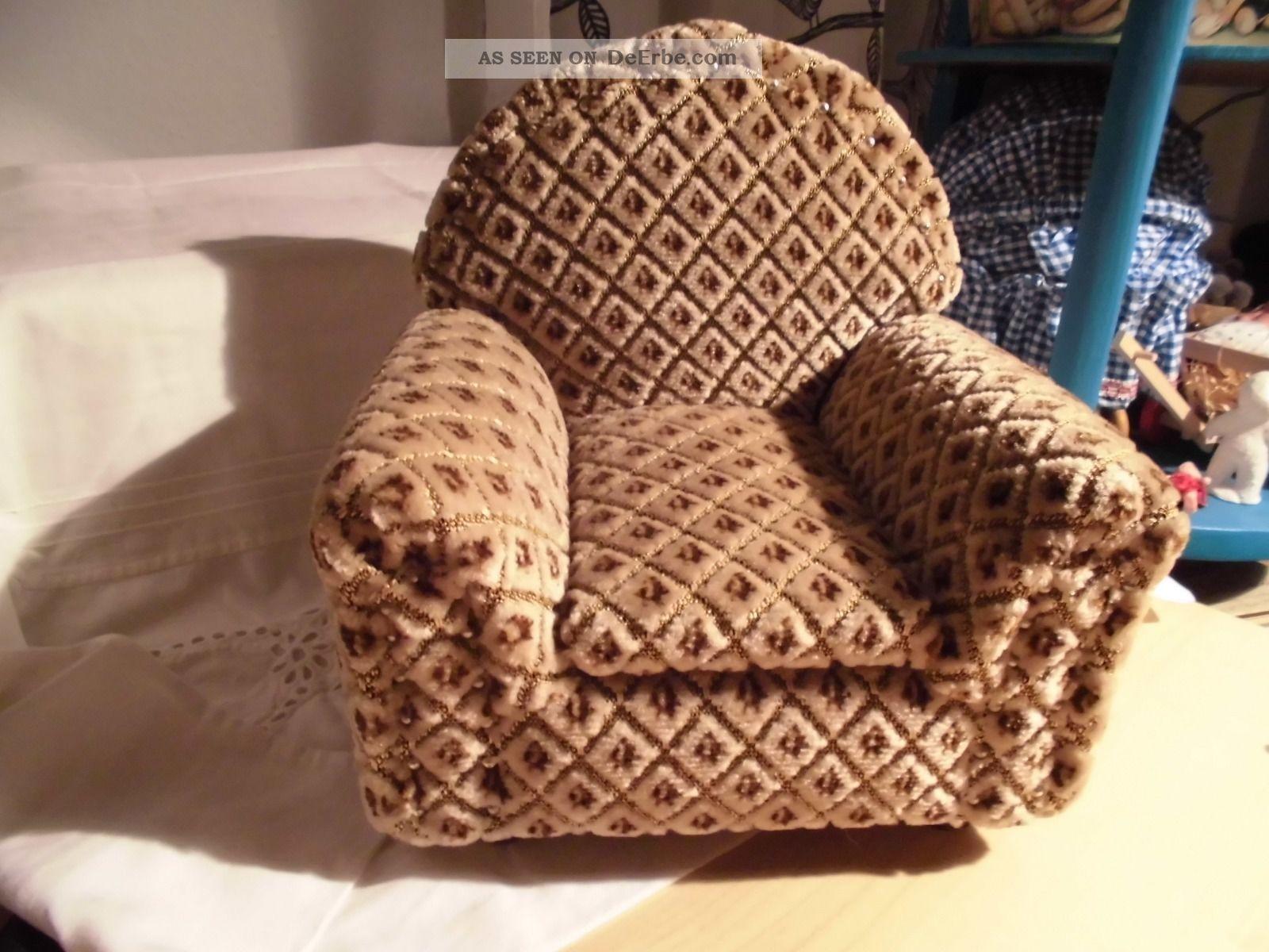 alter gepolsterter sessel f r eine puppe oder einen teddy. Black Bedroom Furniture Sets. Home Design Ideas