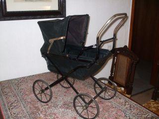 Uralter Puppenwagen,  Ca.  1880 - 90,  Zusammenklappbar Bild