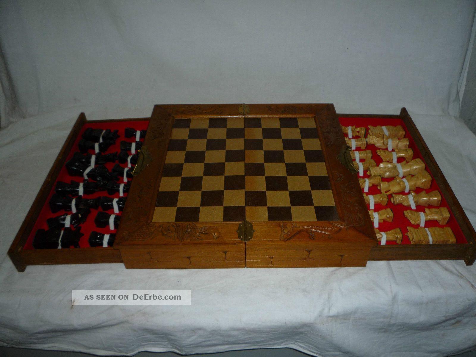 schachspiel asiatisch aus holz schachbrett handgeschnitzt. Black Bedroom Furniture Sets. Home Design Ideas