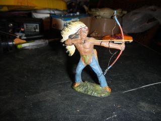 Dachbodenenfund Alter Indianer Lineol Bild
