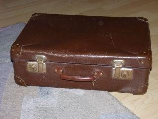 Alter Reisekoffer Originalzustand Aus Den 60er Jahren Oder älter Bild
