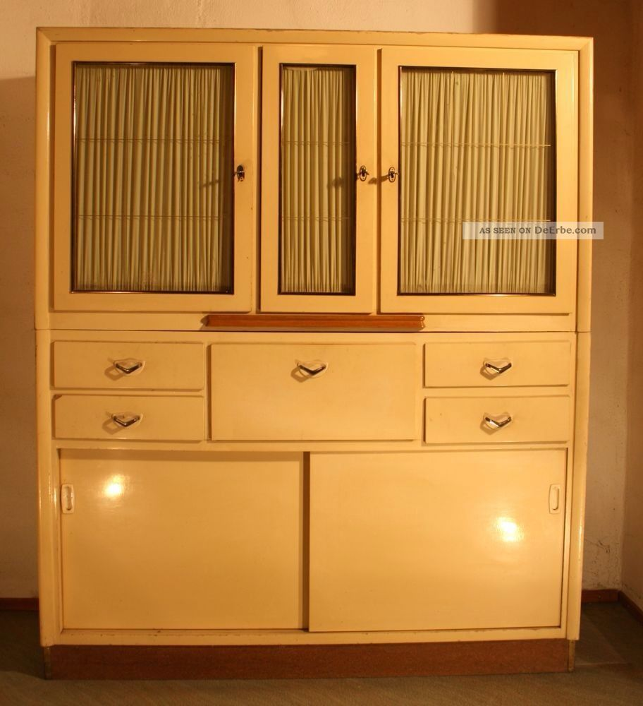 k chenschrank 50er oder 60er jahre zum restaurieren duco art deco jugendstil. Black Bedroom Furniture Sets. Home Design Ideas