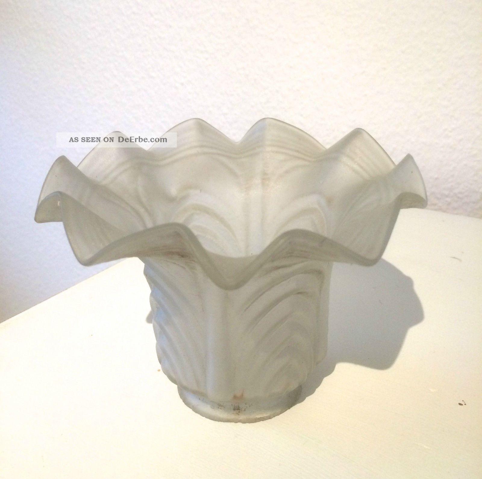Satiniertes glas lampenschirm blütenform jugendstil
