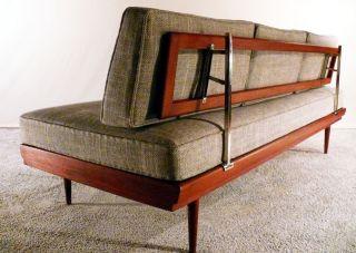 Design stil 1950 1959 mobiliar interieur for Schlafsofa 50er