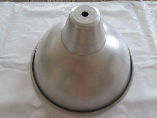 Alter Alu Lampenschirm Von Industrielampe Werkstattlampe Werkhallenlampe Bild