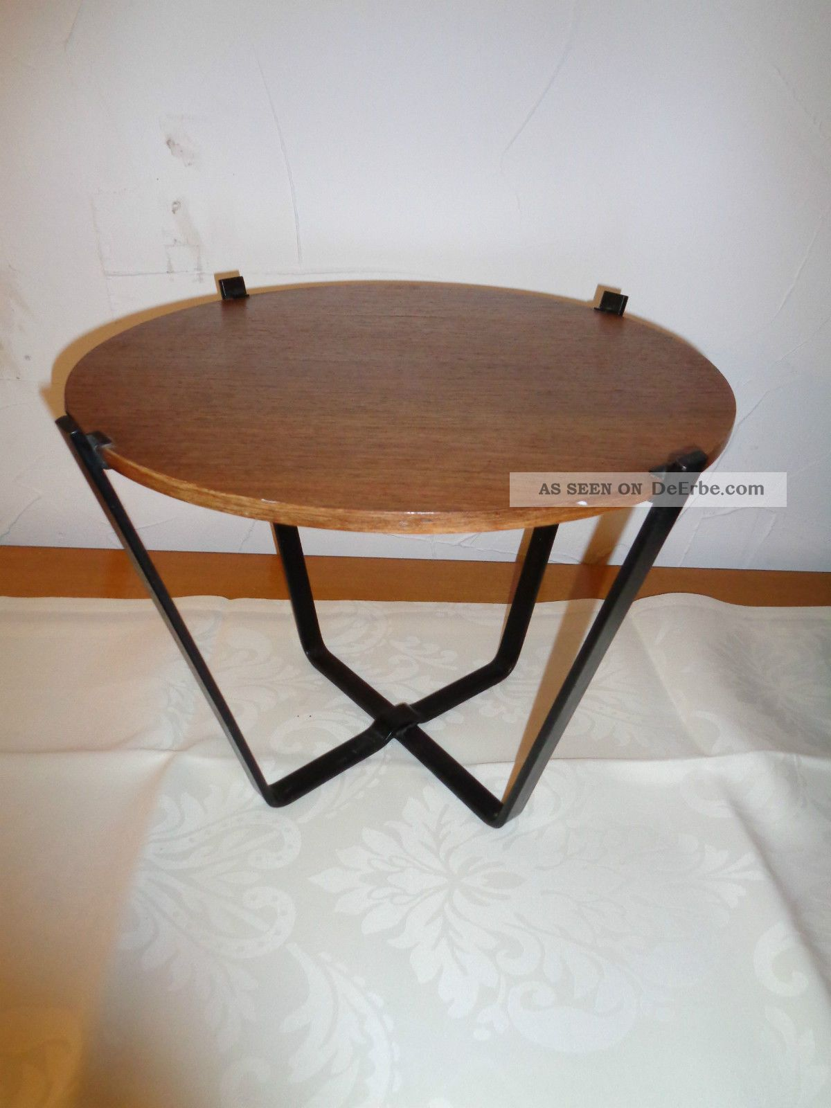 Danish design kleiner blumen tisch aus den 60er jahren for Tisch danish design