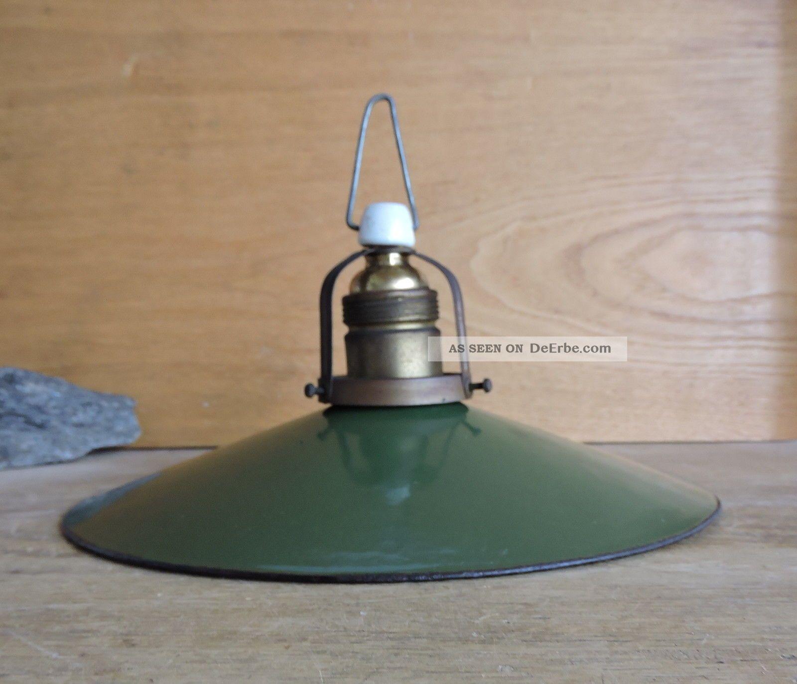bauhaus art deco lampe deckenlampe emailschirm gr n wei werkst tte industrie. Black Bedroom Furniture Sets. Home Design Ideas