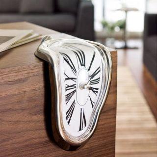 Design Schmelzende Regal - Uhr Bild