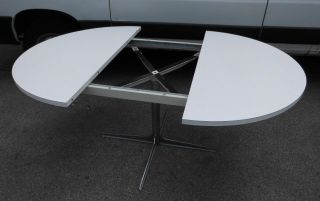 Design stil 1970 1979 mobiliar interieur for Tisch koffer design
