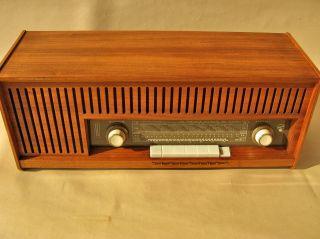 Ein MÖbelstÜck Das Musik Macht.  Blaupunkt Paris 23250.  Historic Tube Radio Bild