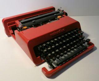 Olivetti Valentine Ettore Sottsass 1969er,  Mechanische Schreibmaschine Bild