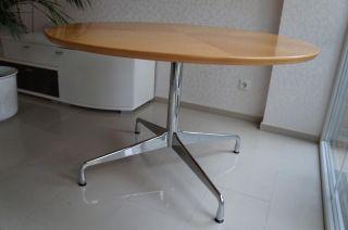 Orig.  Vitra Charles Eames Bürotisch Contract Table Konferenztisch D: 120cm Top Bild