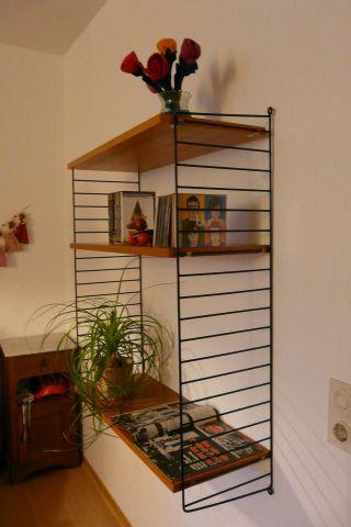 string regal nisse strinning ulme r ster 50er 60er 70er l. Black Bedroom Furniture Sets. Home Design Ideas