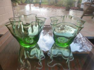 2 Taschentuchvasen Glas Glasvasen Vasen Grün Mundgeblasen Mit Abriss Bild