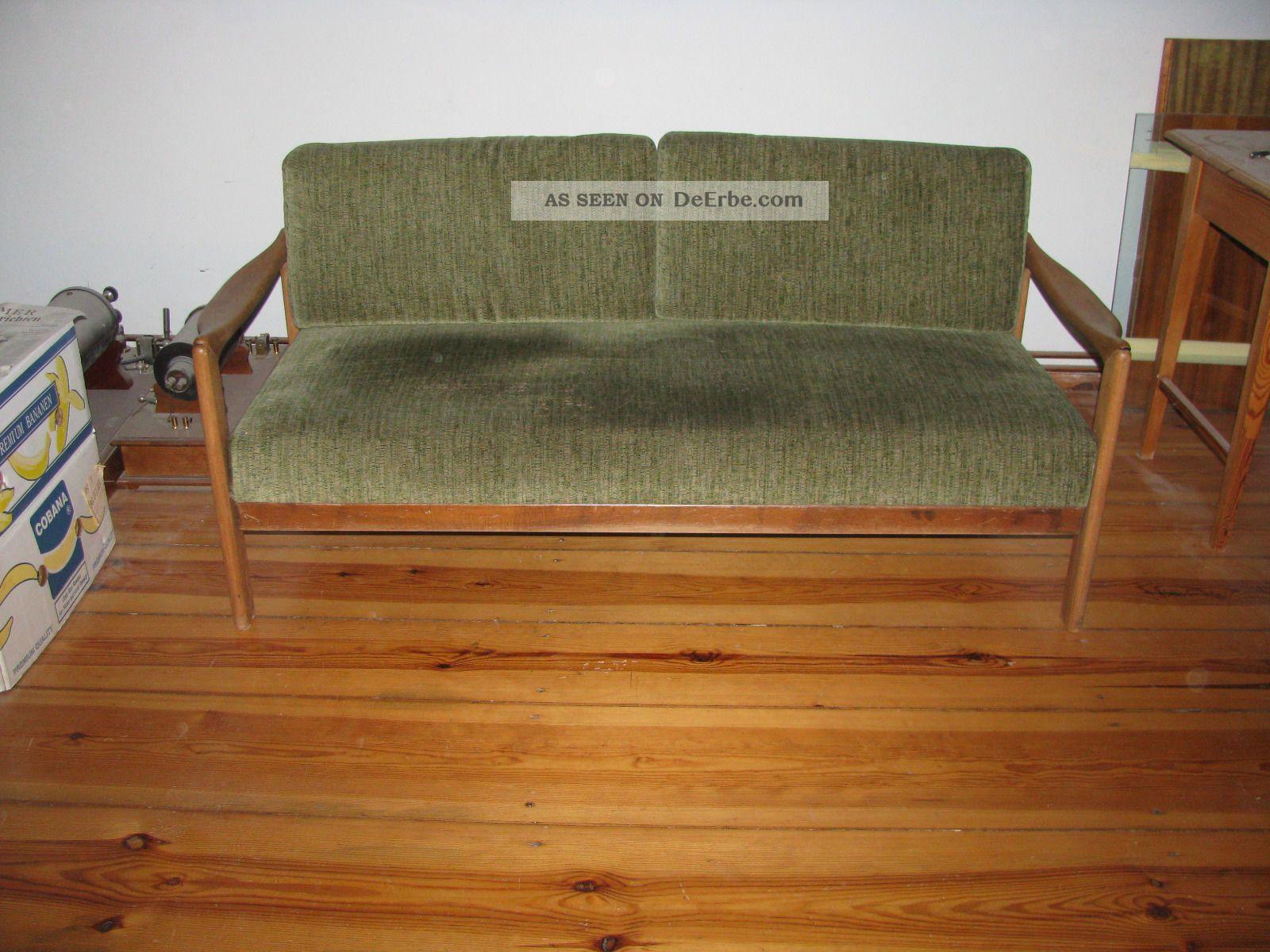 sofa 60er jahre klein leicht hnlich skandinavischem design. Black Bedroom Furniture Sets. Home Design Ideas
