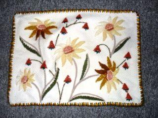 Kissenbezug Handarbeit 70er Hellbeige Stickerei Wolle Blumen Reißverschluss Rar Bild