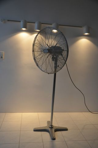 High Speed Ventilator Ventec Extrem Chrom Design Leistungsstark Industrie 3 Stuf Bild