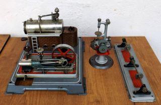 Alte Alte Wilesco Dampfmaschine (schornstein Fehlt) Mit Verschiedenem Zubehör Bild
