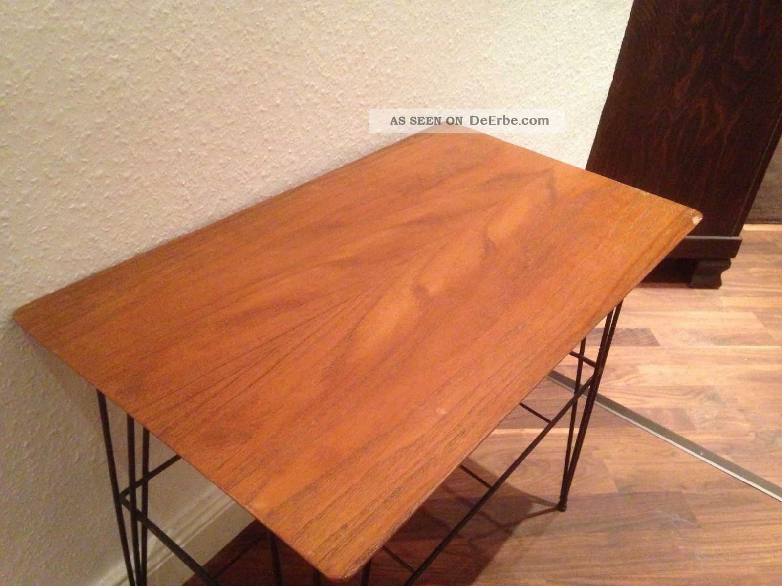 Antiker tisch beistelltisch couchtisch 50er 60er jahre for Beistelltisch 60er jahre