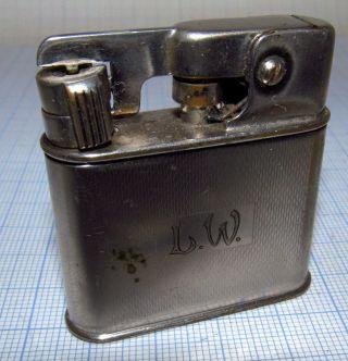 """1936 Mylflam 1000 ZÜnder Benzinfeuerzeug Auf Dem Gravurfeld Steht """"l.  W.  """",  4,  5 X Bild"""