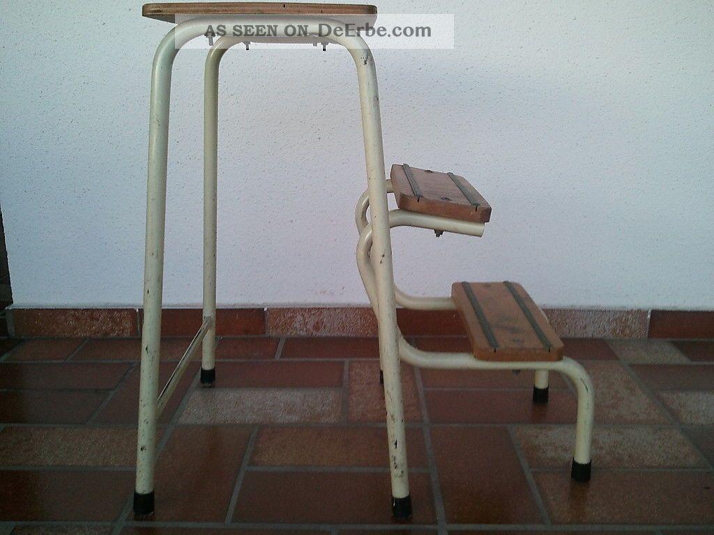 vintage klappleiter tritthocker hocker steighilfe. Black Bedroom Furniture Sets. Home Design Ideas