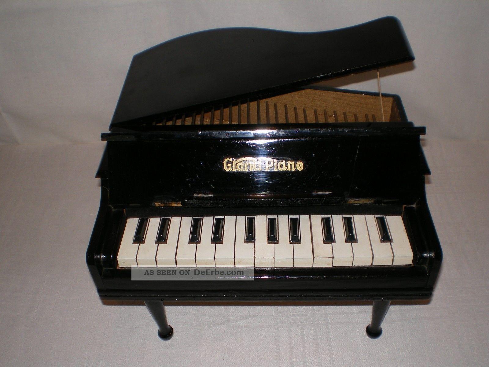 kinder klavier mini grand piano 50 er jahre intakt bespielbar 20 cm hoch. Black Bedroom Furniture Sets. Home Design Ideas