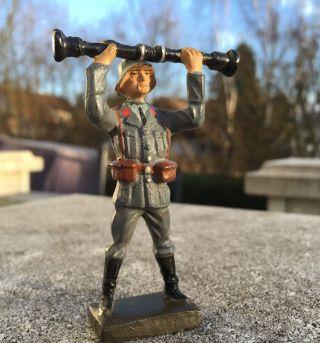 Lineol,  Luftwaffe,  Soldat Mit Entfernungsmesser Bild