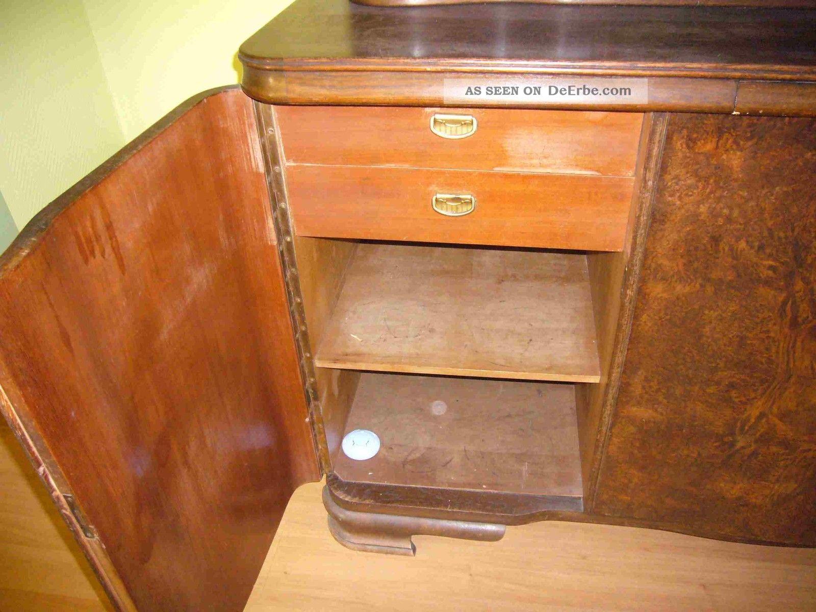 schrank antik alt von 1939 mit uhr. Black Bedroom Furniture Sets. Home Design Ideas
