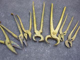 Sieben Alte Schmiedezangen - Antike Schmiede Zangen - Blechschere Werkzeug Antik Bild