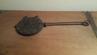 Sehr Altes Waffeleisen Aus Guss Küchenofen Antik Rarität Aus Frankreich (nr.  2) Bild
