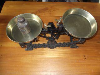 Schöne Alte Zierwaage Mit 1 Kg.  Gewicht Aus Eisen,  3,  7 Kg.  Schwer Ohne Gewicht Bild