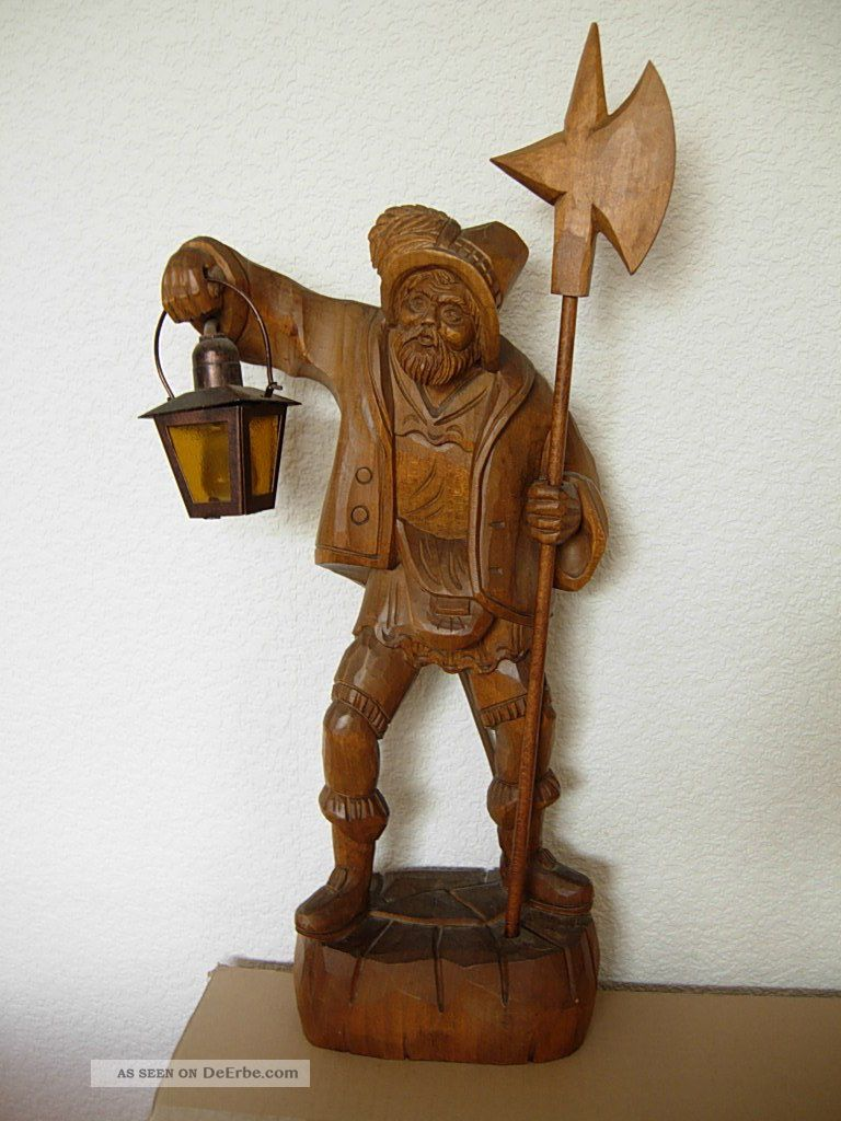 Holzfigur Nachtwächter Mit Elektr. Laterne Lampe Echtholz Schnitzerei