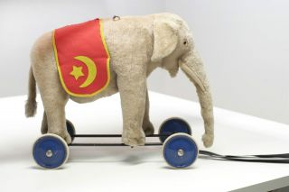 Steiff Reitelefant Auf Rädern / Elephant On Wheels Bild