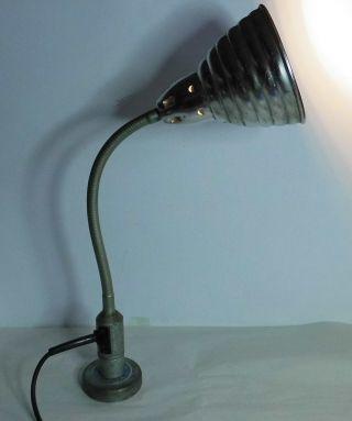 Velux Schwanenhalslampe Industrielampe Mit Magnetfuß Maschinenlampe Bild