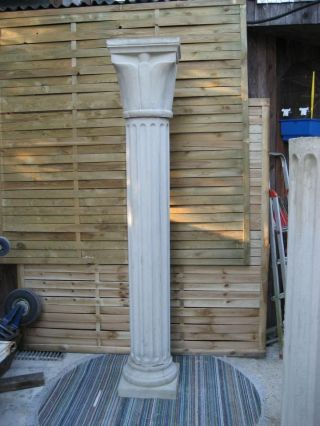 Große Säule Ca.  2,  00 M Aus Frostsicheren Beton Steinguss Bild