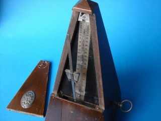 Metronom Junghans / Maelzel.  Alt.  Ca.  100 Jahre? Mechanisch.  24/11/11cm. Bild