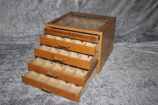 Ackermann´s Gold Schlüssel - Schubladenschrank - Vitrine - Für Nähgarn Bild
