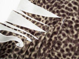 Lederhaut Leder Leopard Gepard 220x115 1,  2mm Lackleder Kuh Fell Sattel Rind Bild
