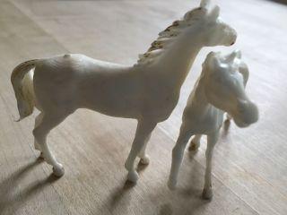 Elastolin Lineol Pferde 2 Schimmel Araber 70iger A.  Sammlung Bauernhof Tiere Bild