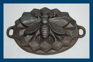 Sehr Seltene Backform Aus Gusseisen - Biene - 4,  3 Kg Schwer (4567) Bild
