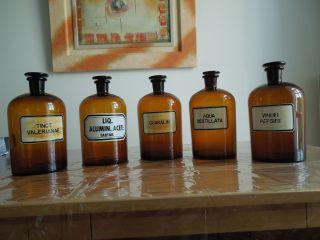 Apothekenauflösung Apothekenglas Apothekergefäß Apothekenflaschen Laborzubehör Bild