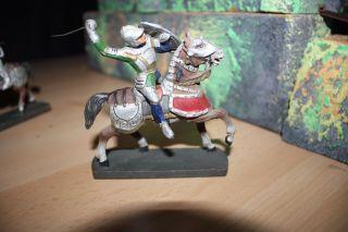 Masse Figure Elastolin Ritter Auf Pferd Bild