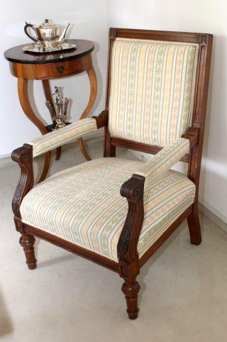 mobiliar interieur sitzm bel antike originale vor. Black Bedroom Furniture Sets. Home Design Ideas