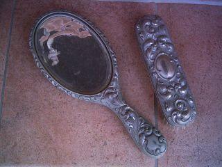 Antiker Handspiegel Und Bürste Bild