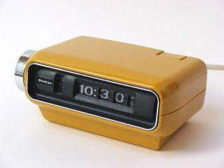 Sankyo Digital 4000 Wecker Uhr Rollzahlen Senfgelb 70er Design Space Age Gelb Bild