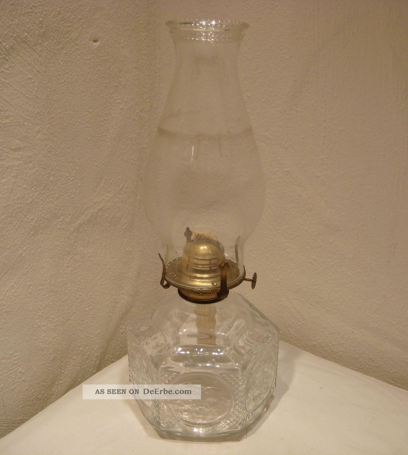 alte gro e petroliumlampe aus glas tischlampe glaszylinder rar dachbodenfund. Black Bedroom Furniture Sets. Home Design Ideas