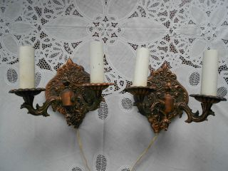 2 Alter Zweiarmiger Wandleuchter Aus Messing / Elektrische Wandlampen Bild